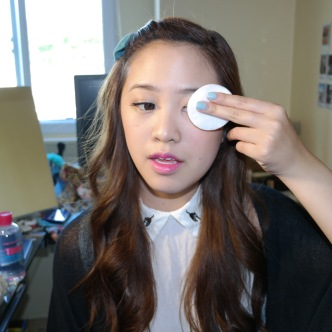 Step 2: Gently yet firmly remove make up