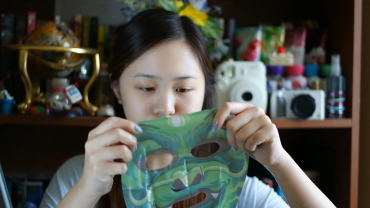 mask.Still002